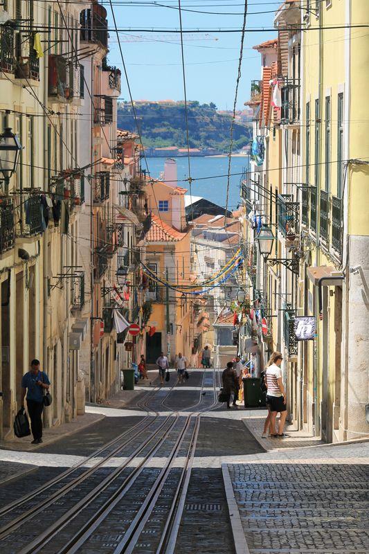 2015_07_01-18_portugal__resume_acte4_lisbonne_0009