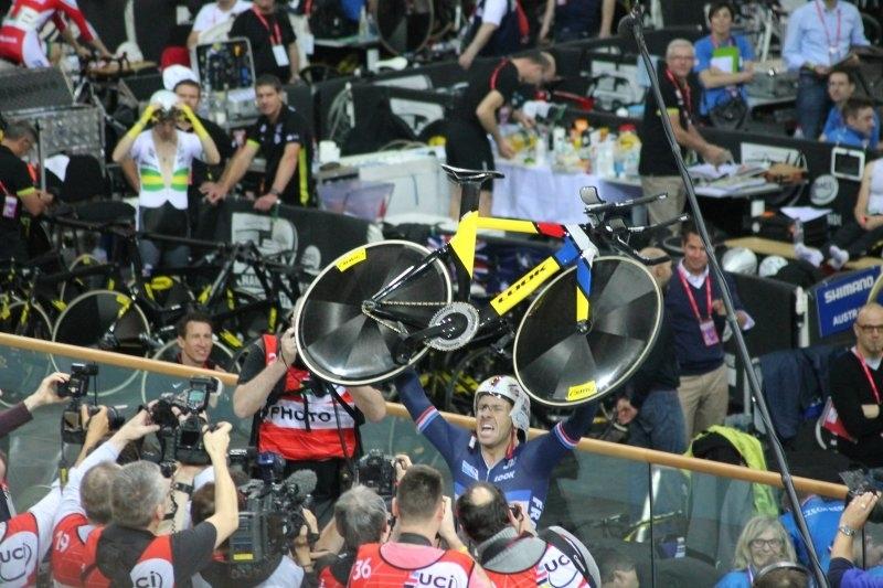 CYCLISME-2015-02-Vélodrome-Championnat-monde-SQY__0005__