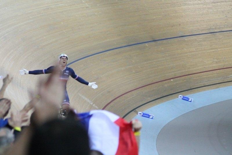 CYCLISME-2015-02-Vélodrome-Championnat-monde-SQY__0004__